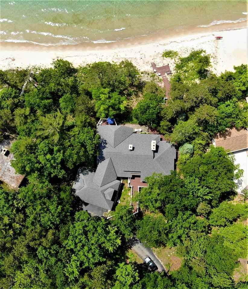 13. Single Family Homes at 5414 Lower Shore Drive Harbor Springs, Michigan 49740 United States