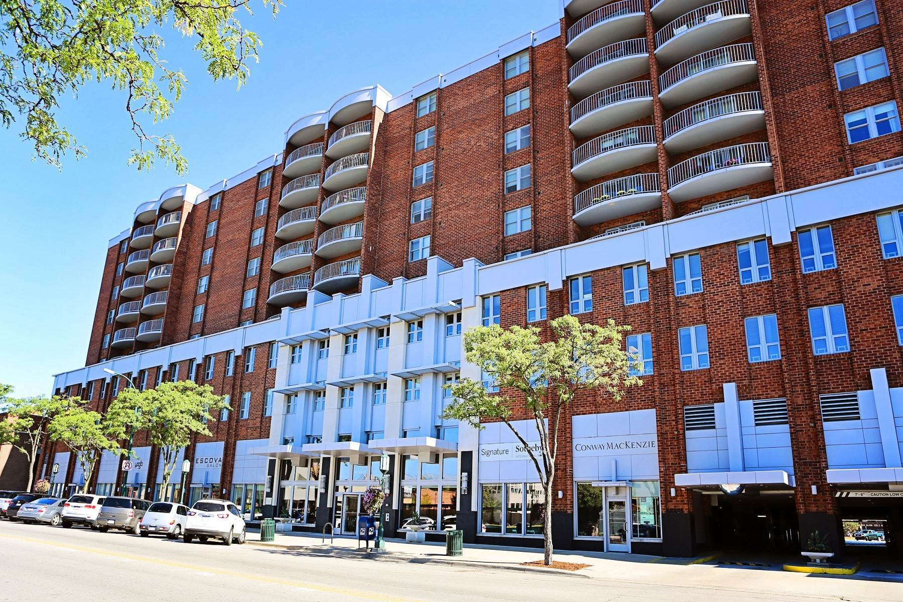 Condominiums for Sale at Birmingham 411 S Old Woodward Avenue, Unit 628 Birmingham, Michigan 48009 United States