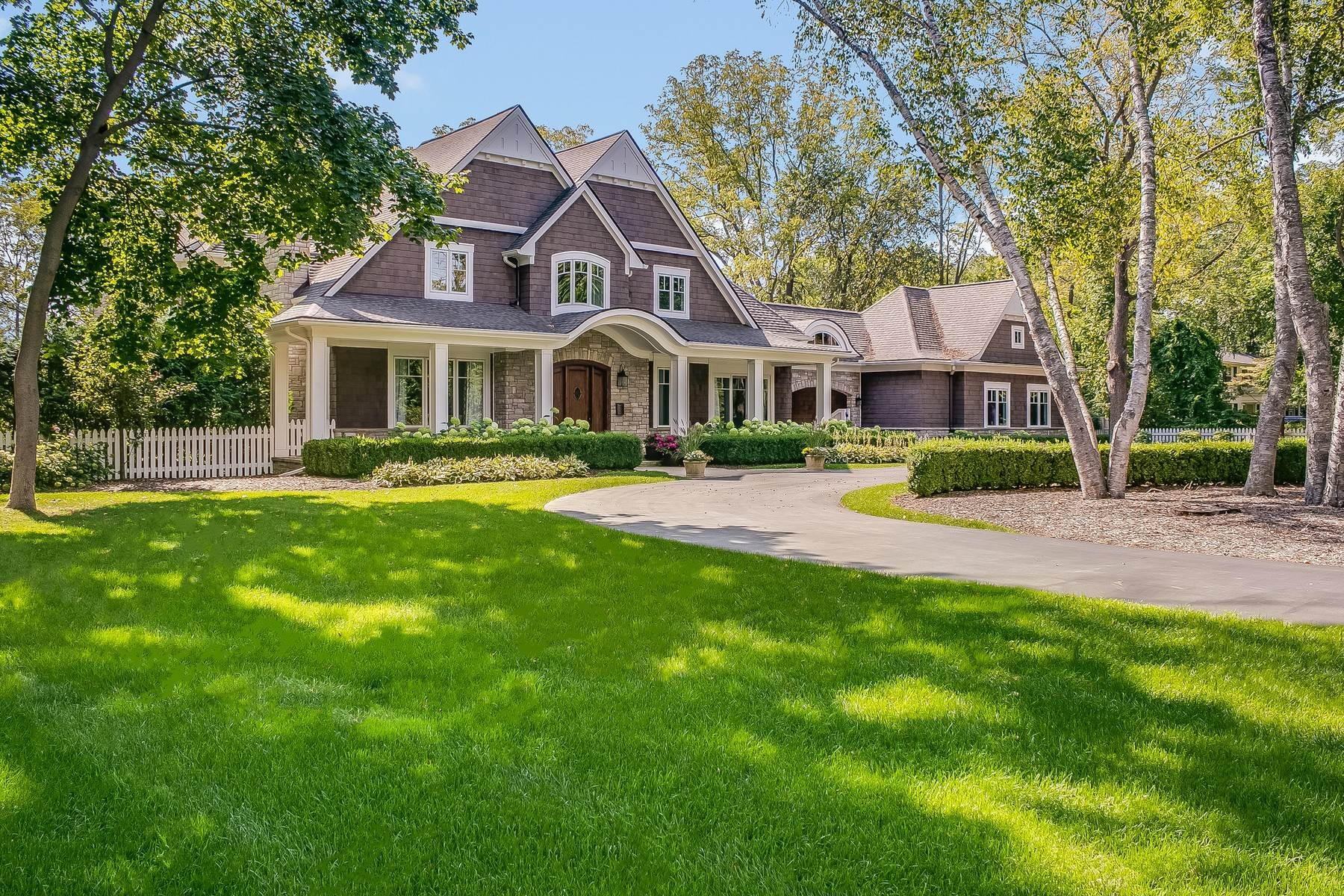 47. Single Family Homes for Sale at Bloomfield Hills 2025 Quarton Road Bloomfield Hills, Michigan 48301 United States