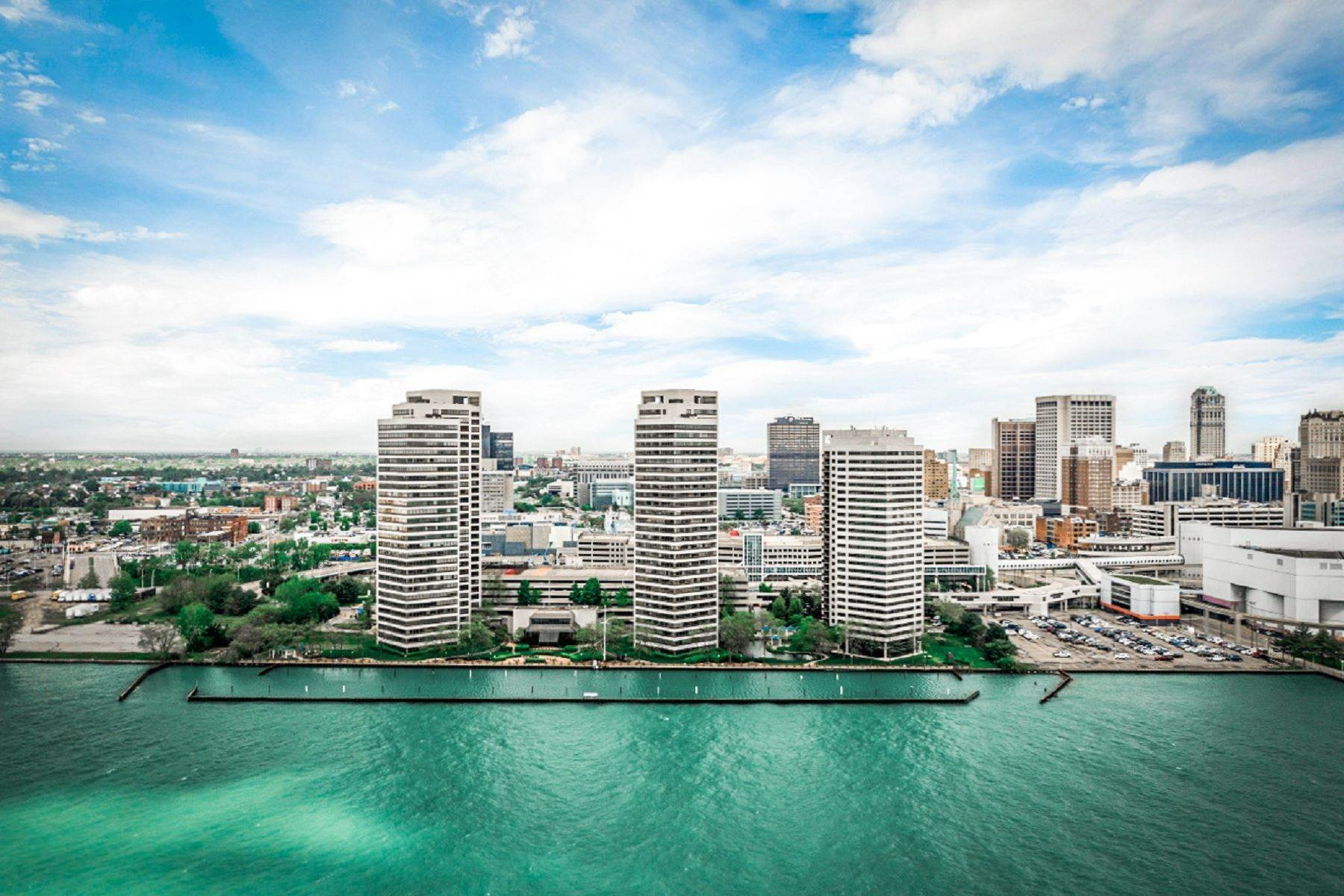 Condominiums for Sale at Detroit 300 Riverfront Dr, Unit 27 A Detroit, Michigan 48226 United States