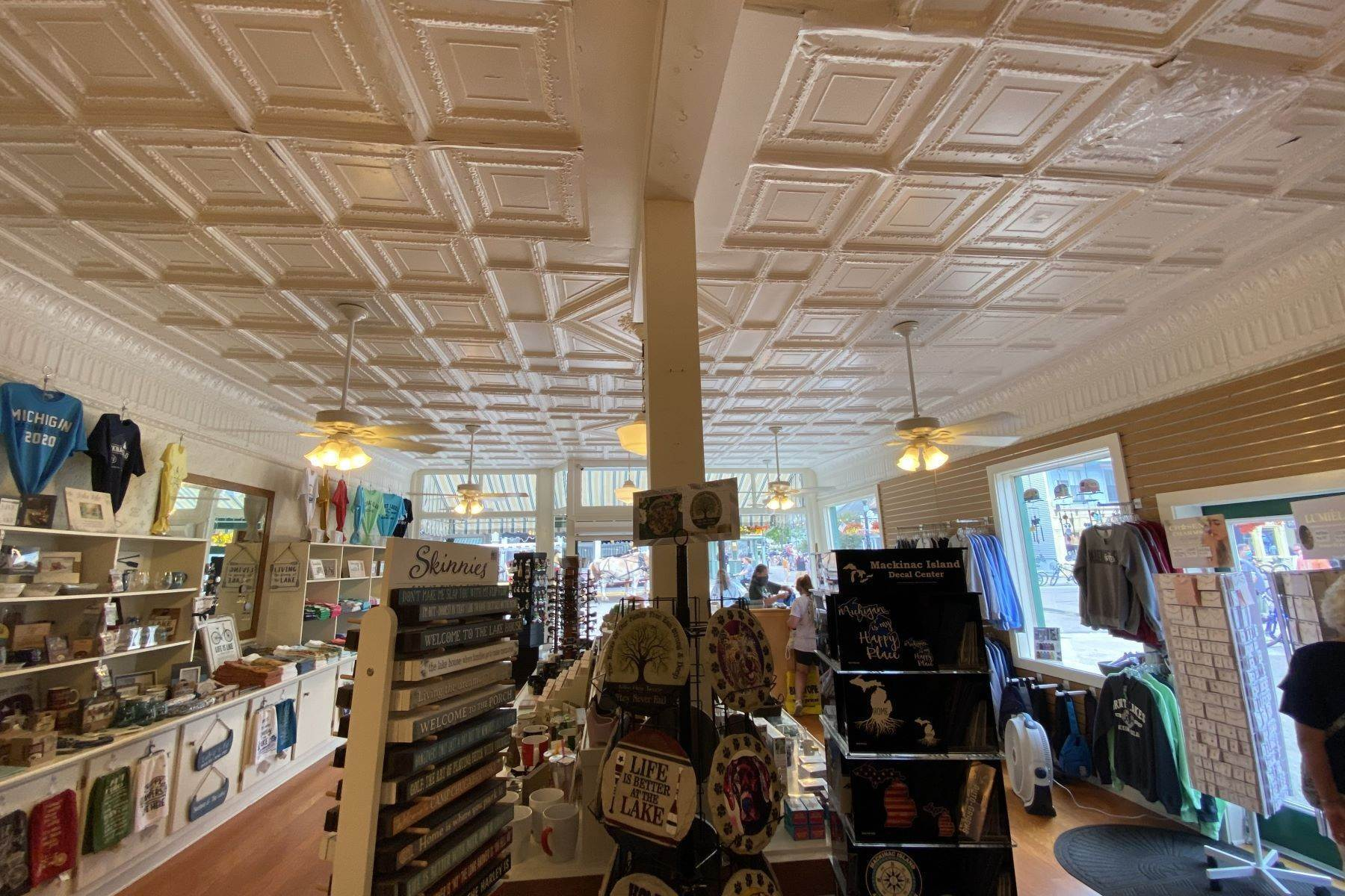 18. Commercial for Sale at Waterfront commercial building on Mackinac Island with retail space 7293 & 7279 Main Street Mackinac Island, Michigan 49757 United States