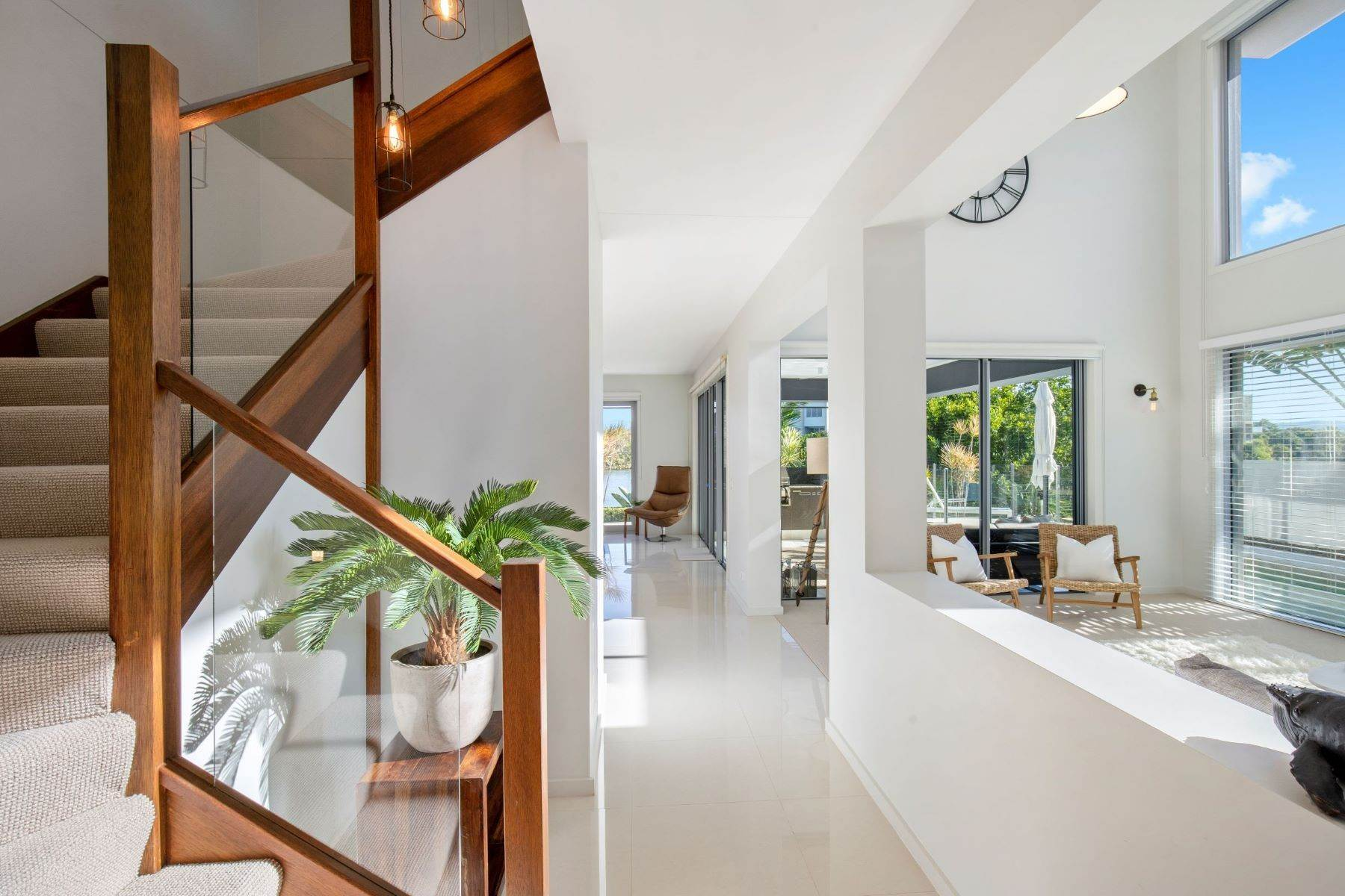 8. Single Family Homes for Sale at Luxury Lakeside Family Home on Prestigious Emerald Island 5068 Emerald Island Drive Other Queensland, Queensland 4211 Australia