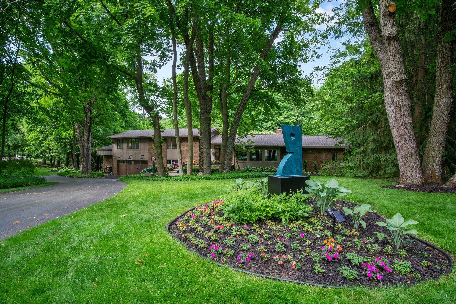 Single Family Homes for Sale at Bloomfield Hills 1770 Hillwood Drive Bloomfield Hills, Michigan 48304 United States
