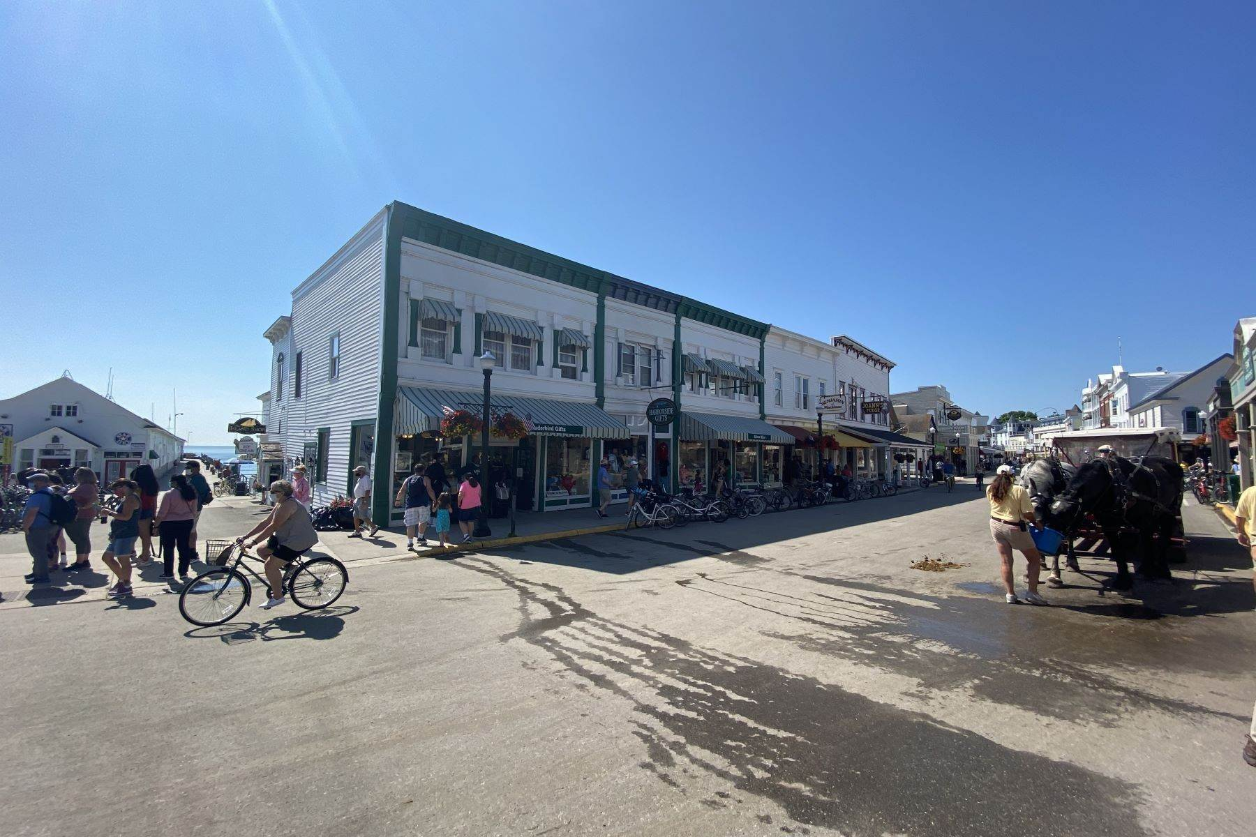 13. Commercial for Sale at Waterfront commercial building on Mackinac Island with retail space 7293 & 7279 Main Street Mackinac Island, Michigan 49757 United States