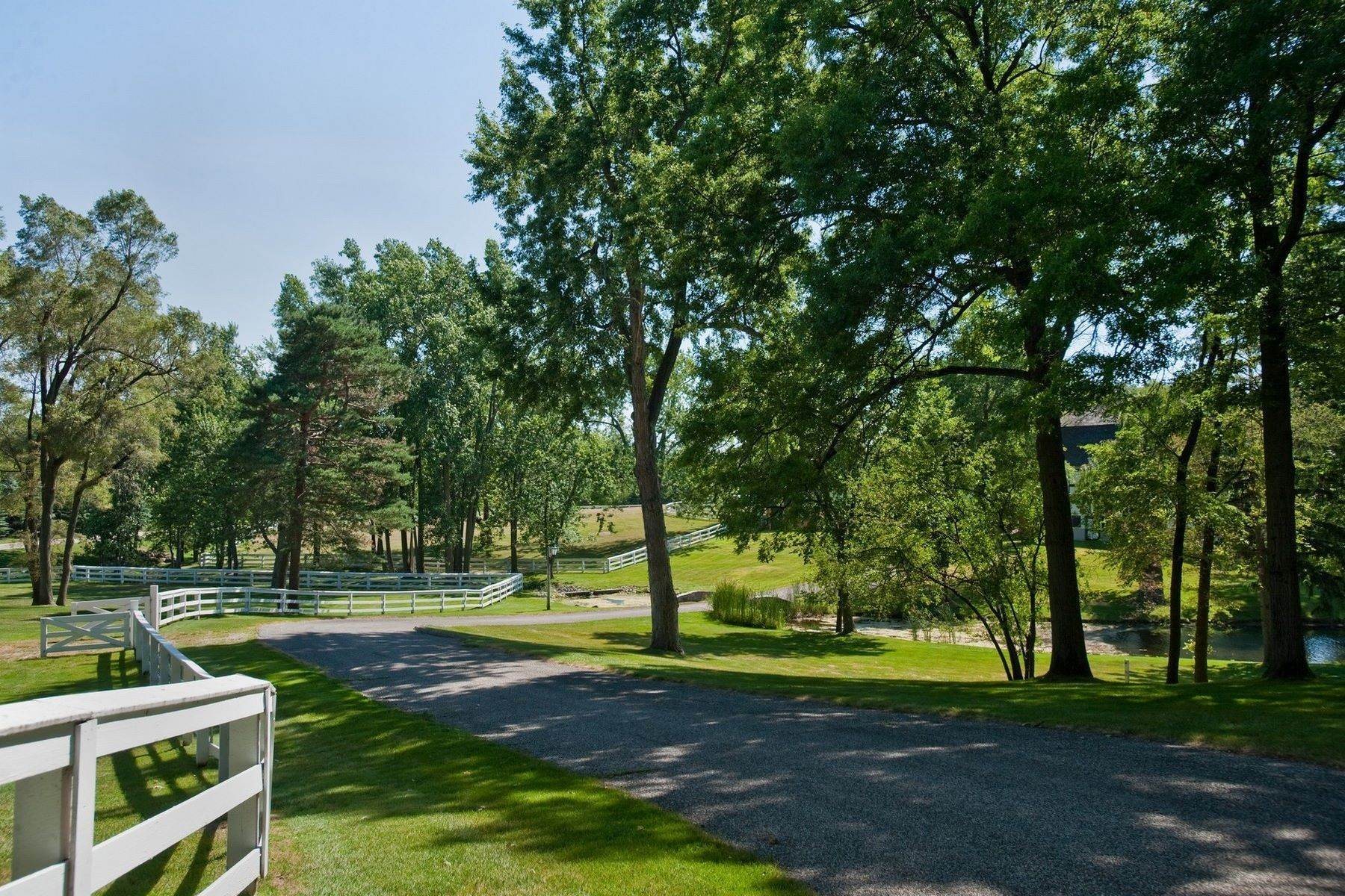 9. Property for Sale at The Stables 2670 Turtle Lake Drive, #44 and #45 Bloomfield Hills, Michigan 48302 United States