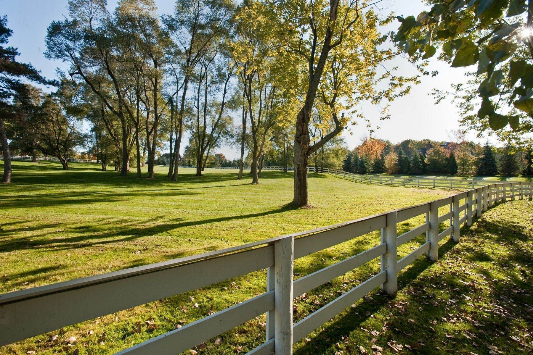 18. Property for Sale at The Stables 2670 Turtle Lake Drive, #44 and #45 Bloomfield Hills, Michigan 48302 United States