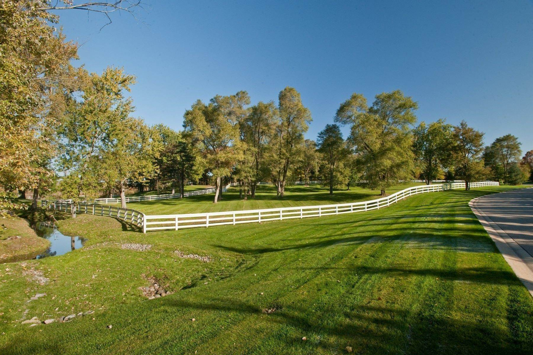 20. Property for Sale at The Stables 2670 Turtle Lake Drive, #44 and #45 Bloomfield Hills, Michigan 48302 United States