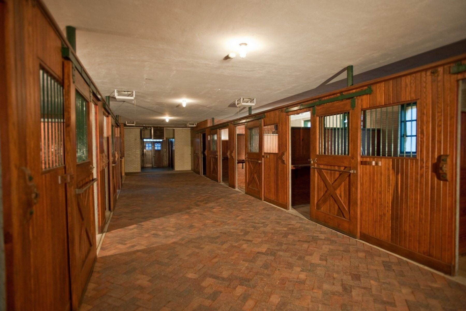 25. Property for Sale at The Stables 2670 Turtle Lake Drive, #44 and #45 Bloomfield Hills, Michigan 48302 United States